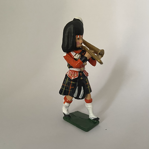 Band 6. Highlanders. Choice of 12- 36 Piece band