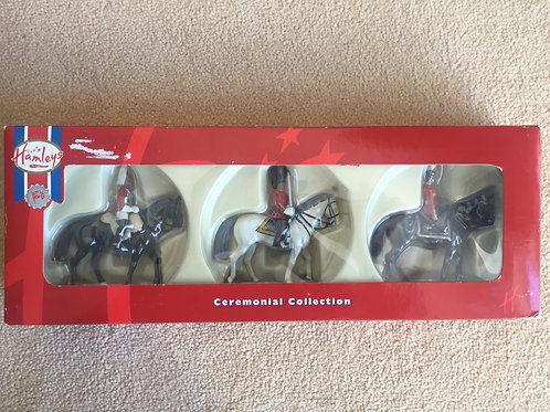 Britains Set 41060 Hamleys 3 Piece Mounted (HM Queen)
