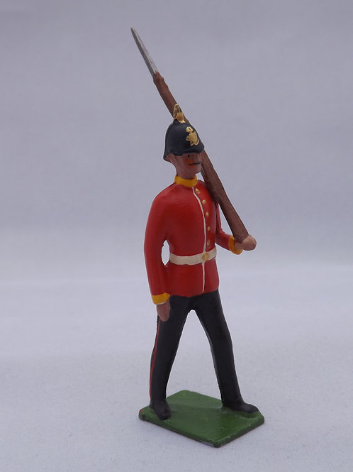 RC4. Line Infantry (Home Service Helmet)  Marching at Slope