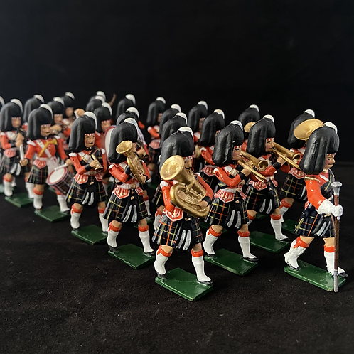 Painted Band 2. Cameron HighlandersHighlanders. Choice of 12- 36 Piece band