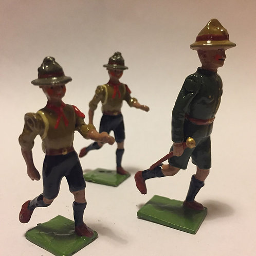 Scouts Set 1.  Running.  (3 figures) Scoutmaster and 2 ru