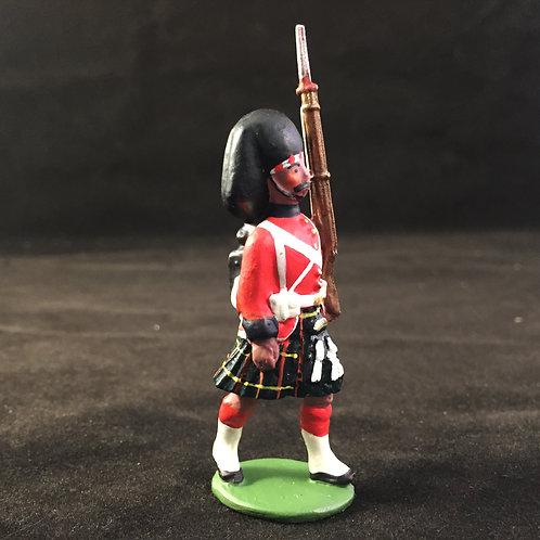 Plug Handed style Highlander Marching Shoulder Arms