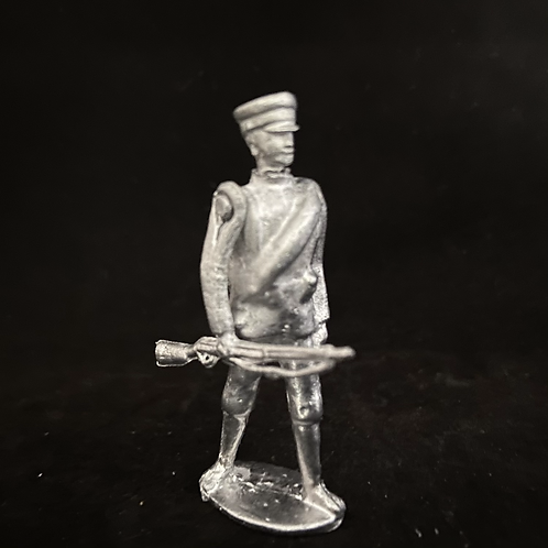 AGWBG.2Bulgarian/Greek  Infantry at trail (rolled Greatcoat) (12 figure Unit)