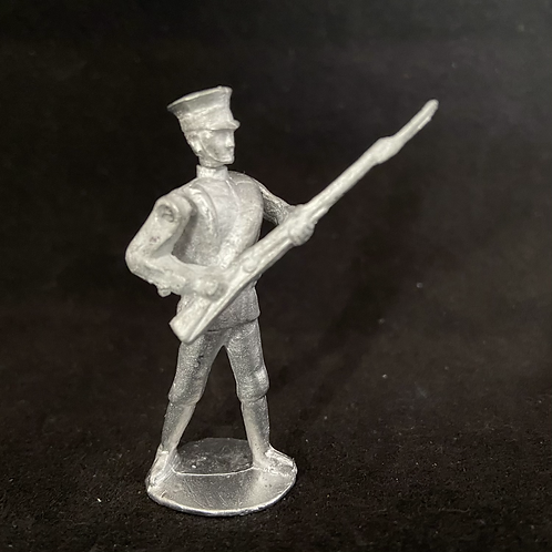 AGWJ.3	Advancing Japanese Infantry (rolled Greatcoat)  (12 figure unit)