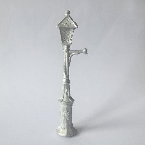 313  Lamp Post