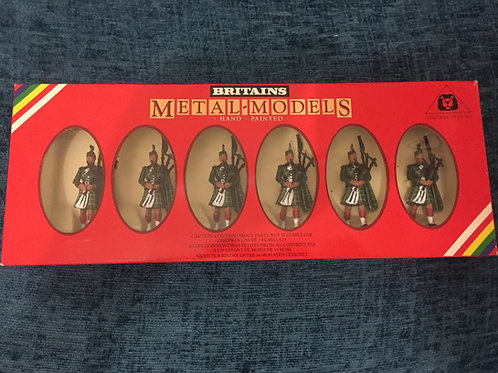 Britains Set 7242 6 Gordon Highlander Pipers