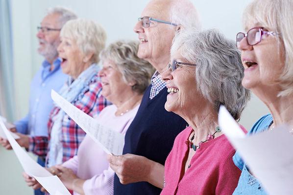seniors-sings-547131318.jpg