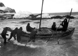Shackleton James Caird Launch