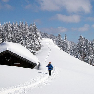 A_winterwandern_Stjakobinhaus.jpg