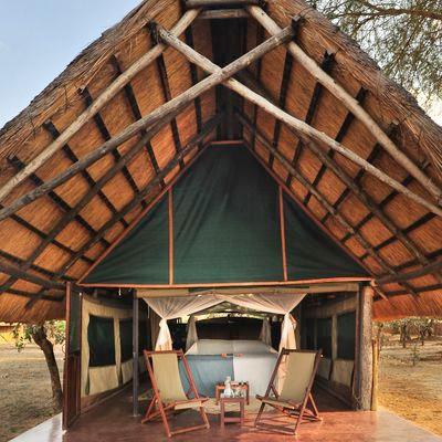 Time  Tide - Norman Carr Safaris - KAKUL