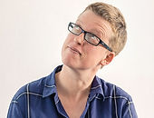 Elizabeth_de_Stadler,_headshot,_sideways