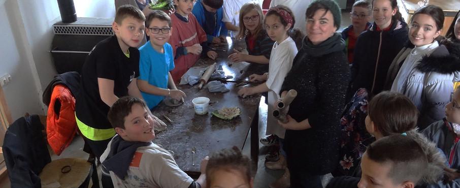 Atelier céramique avec l'école Saint-Joseph de Saint-Martin
