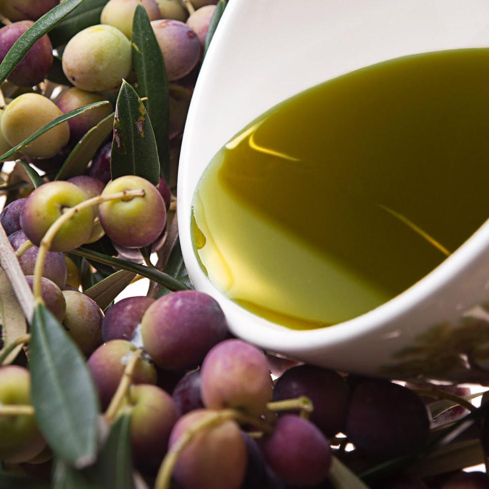 Aceite de oliva vírgen extra variedad arbequina.