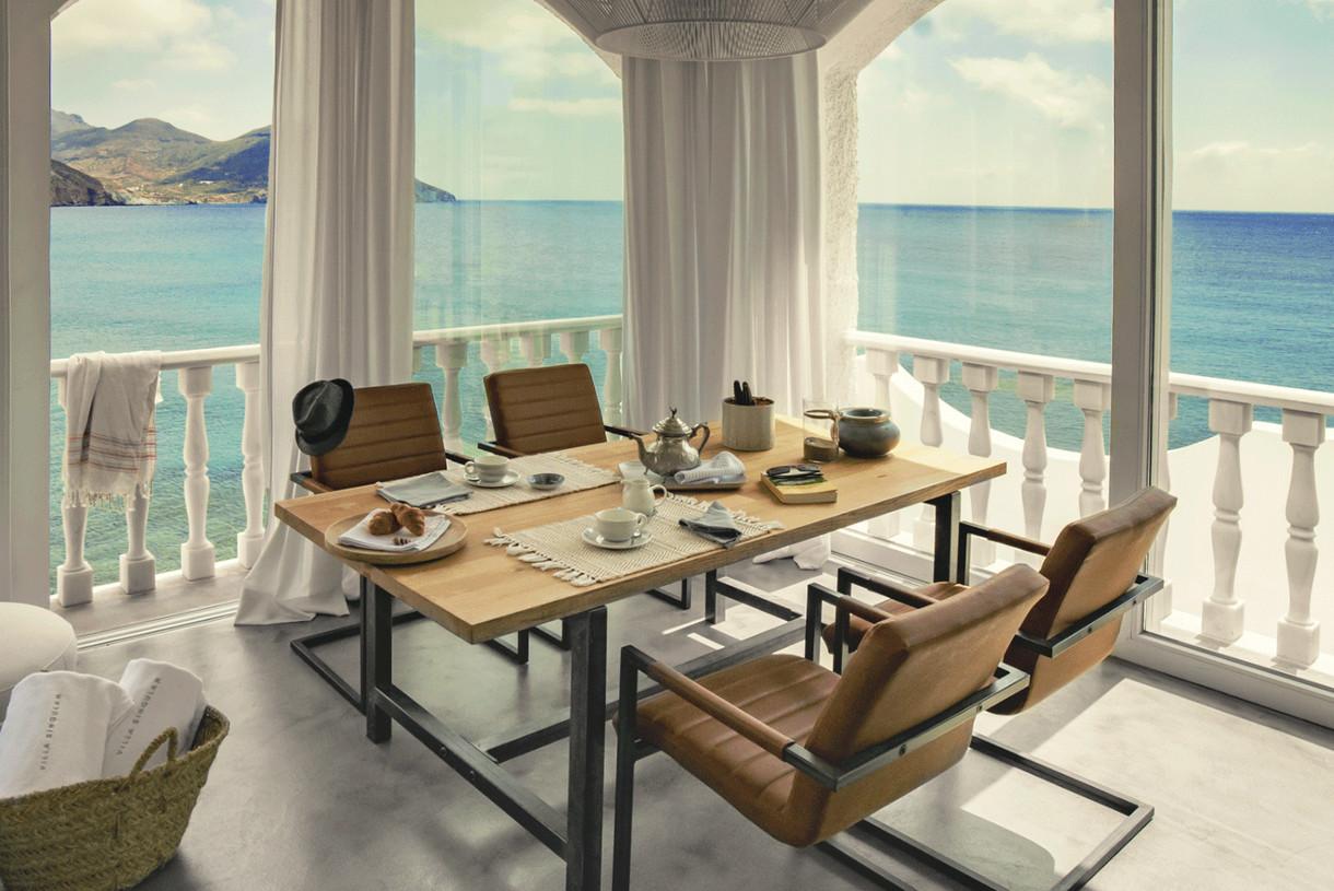 desayuno-frente-al-mar