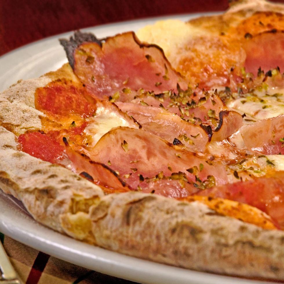 Pizza prosciutto.