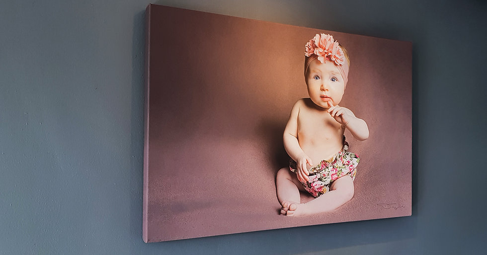 Newborn Photo Shoot + Frame + Prints
