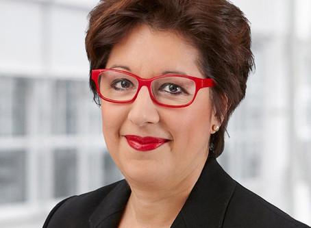 Carmen De la Cruz – Helpline für Rechtsfragen allg. und speziell zu IT Security