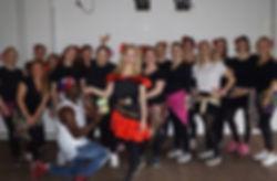 Vi tilbyder alverdens danse events. Blandt andet polterabend som her på billedet.