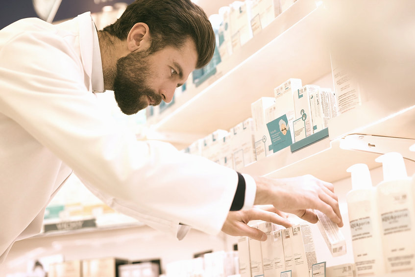 Pharmacist_edited.jpg