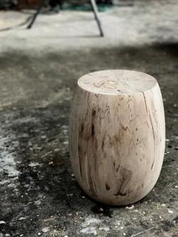stool_maple.jpg