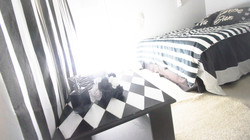 Shh BW Room