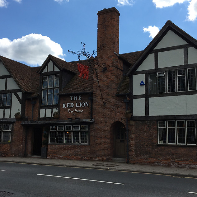 The Red Lion, Knowle