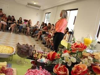 Sechobar homenageia mulheres com palestras e confraternização