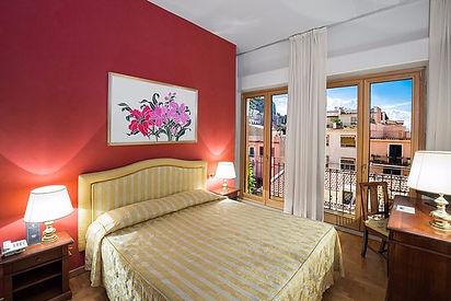 hotel isabella 3.jpg