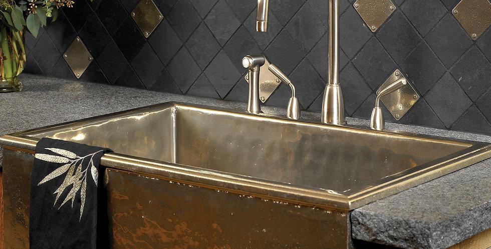 Alturas Apron Front Sink with Rivet Tiles
