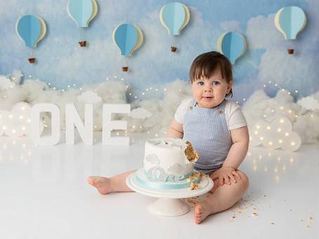 Hot Air Balloon 1st Birthday Cake Smash for Albert