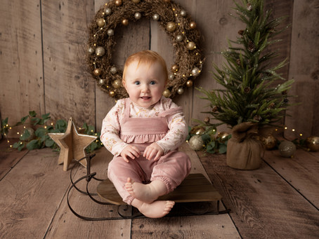 7 Simple Ideas to Make Your Baby's 1st Christmas Extra Special