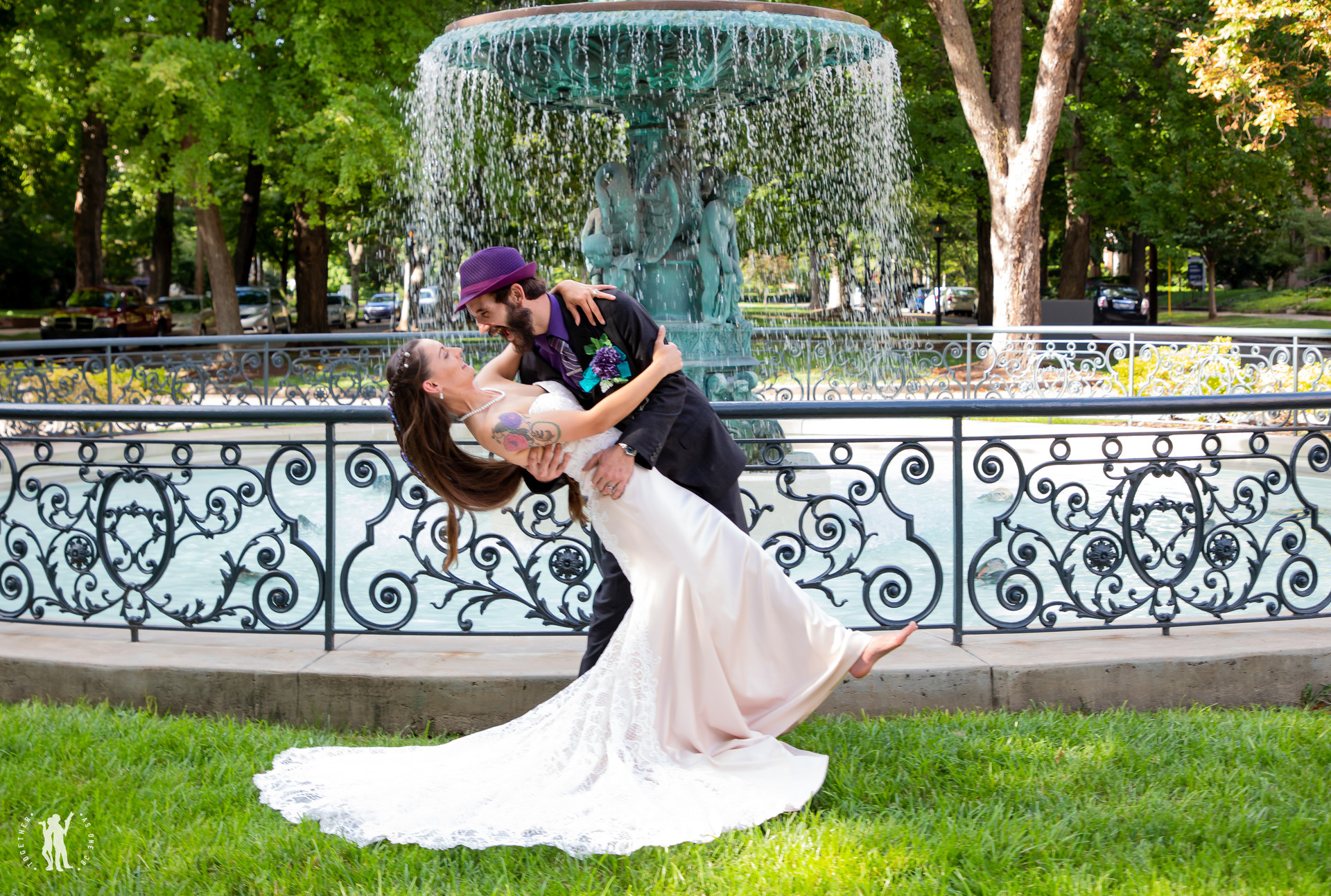 Louisville, KY wedding photographer Conr