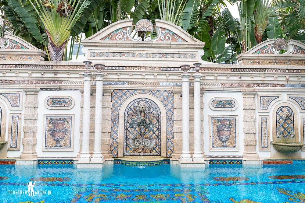 Gianni's detailed pool in his outdoor dining area at Villa Casa Casuarina