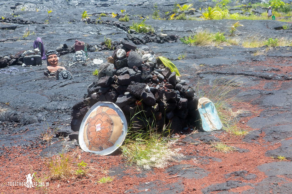 Sculptures at KAIMU KALAPANA NEW BLACK SAND BEACH