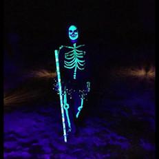 GLOW! Skeleton