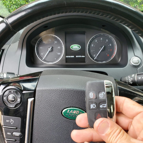 2014 Land Rover LR2 Car key replacement