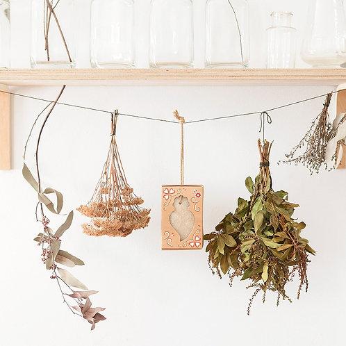 Castelbel Mimozos kvapo muilas – kvapai drabužinei ir spintom