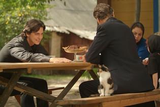 Илья Бледный. Фотография со съёмок сериала«Аромат шиповника»