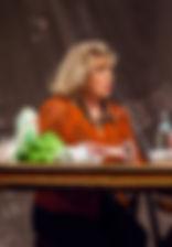 Ольга Остроумова в спектакле «Семейный ужин в половине второго»