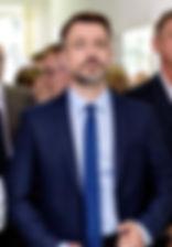 """Кирилл Гребенщиков. Фото со съемок сериала """"Зеркала любви"""" (2017)"""