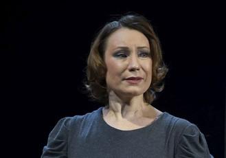 Ольга Тумайкина. Фотография спектакля «Бенефис»