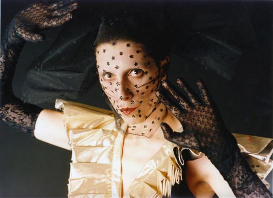 """Юлия Рутберг. Фотография спектакля""""Я тебя больше не знаю, милый"""""""