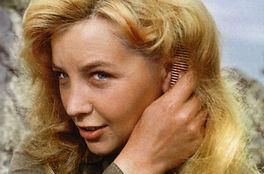 Ольга Остроумова на съемках фильма «А зори здесь тихие», 1972 год