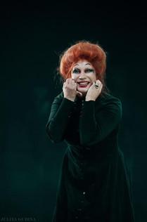 Ольга Тумайкина. Фотография спектакля «Ричард III»