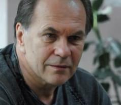 Алексей Гуськов. Фотография со съёмок сериала«Тонкий лёд»