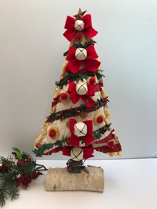 Vintage Cutter Quilt Holiday Tree