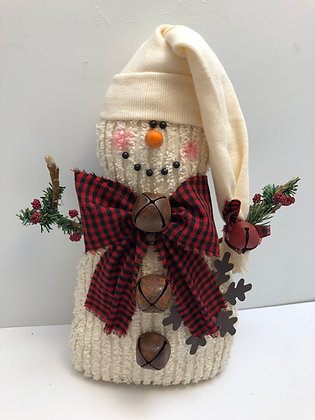 Prim Snowman with Cap