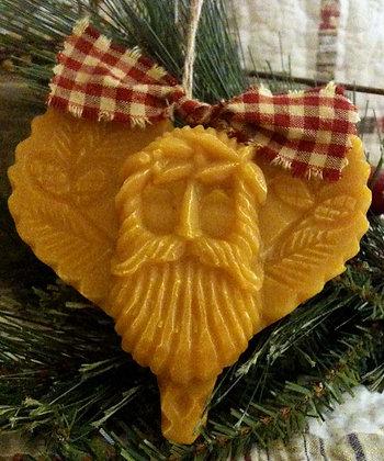 Folk Heart Santa