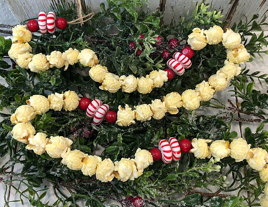 Real Popcorn Garland Cinnamon Scented with Peppermints