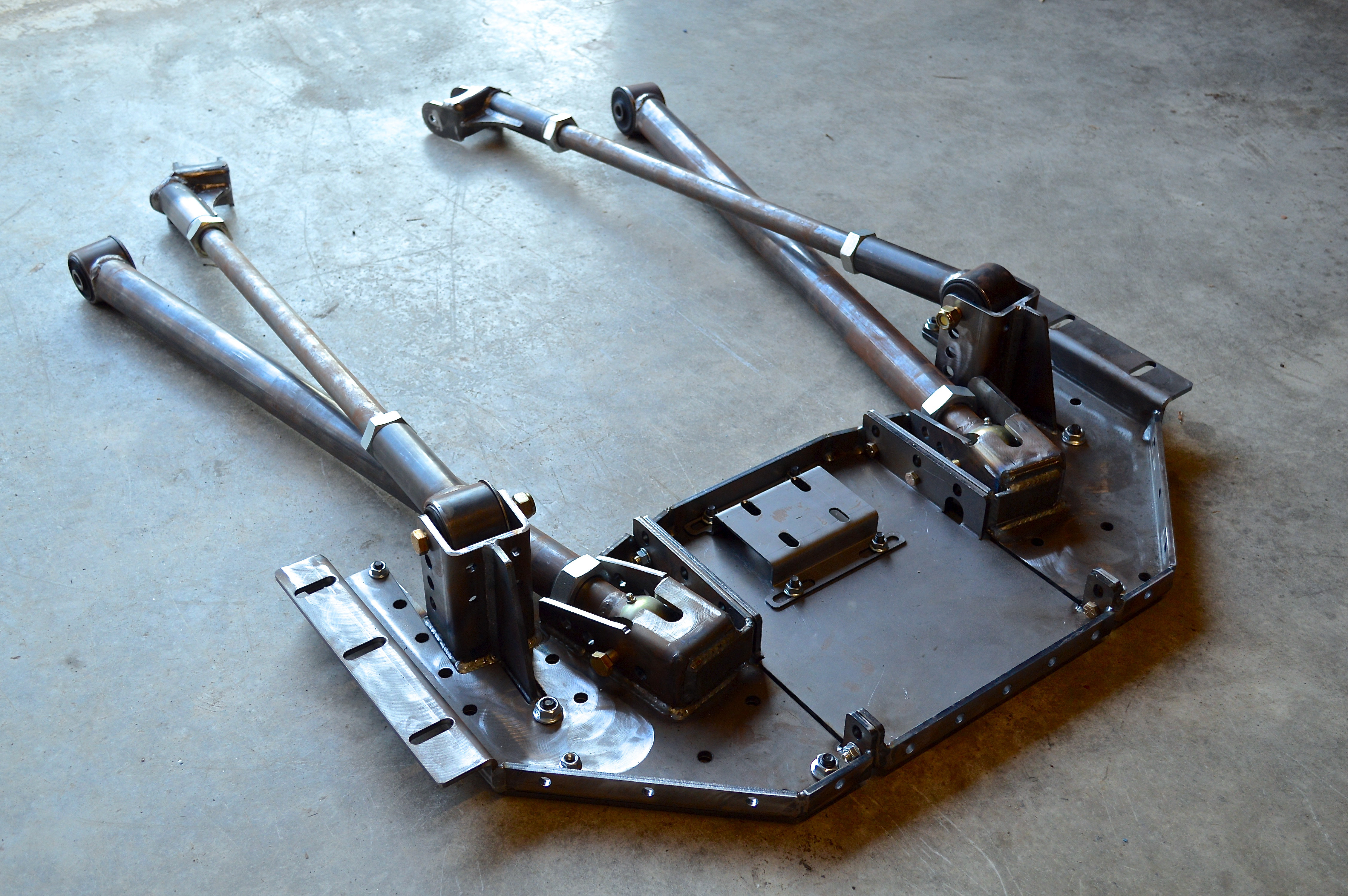 XJ Front 4 Link System   ironman4x4fab